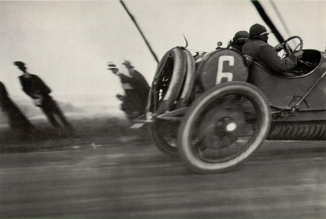 Jacques-Henri Lartigue's Papa at 80 kilometers an hour